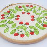 Strawberry swirl pattern by stitchdoodles