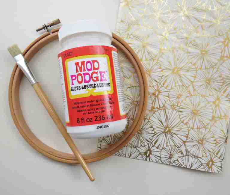 how to decorate embroidery hoops