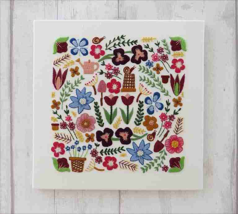 garden flowers embroidery pattern