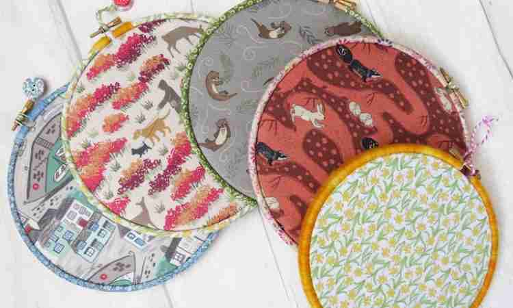 embroidery hoop memo boards